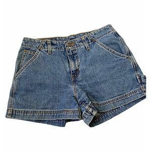 White tab vintage Levi's denim shorts 7 jr